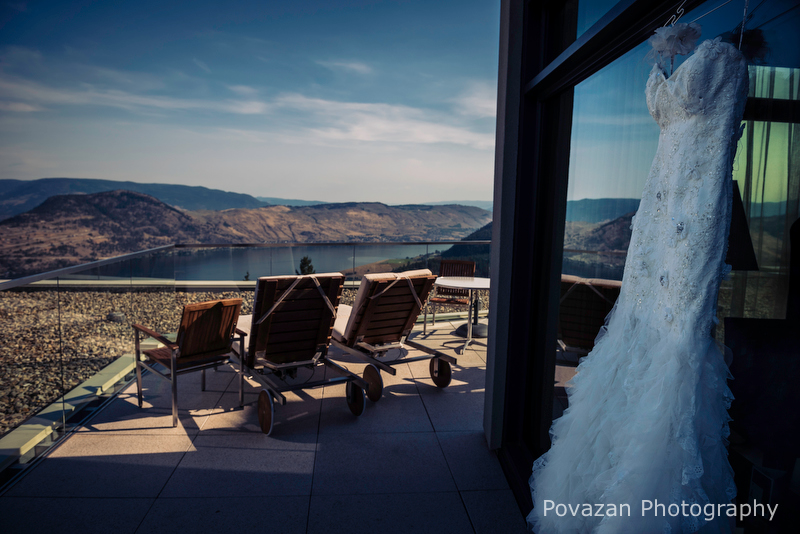Sparkling-Hills-Okanagan-wedding-M+P-22310
