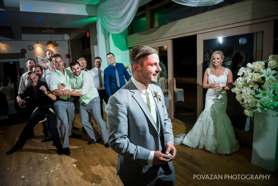 Furry Creek Wedding by Vancouver photographer Jozef Povazan Photography