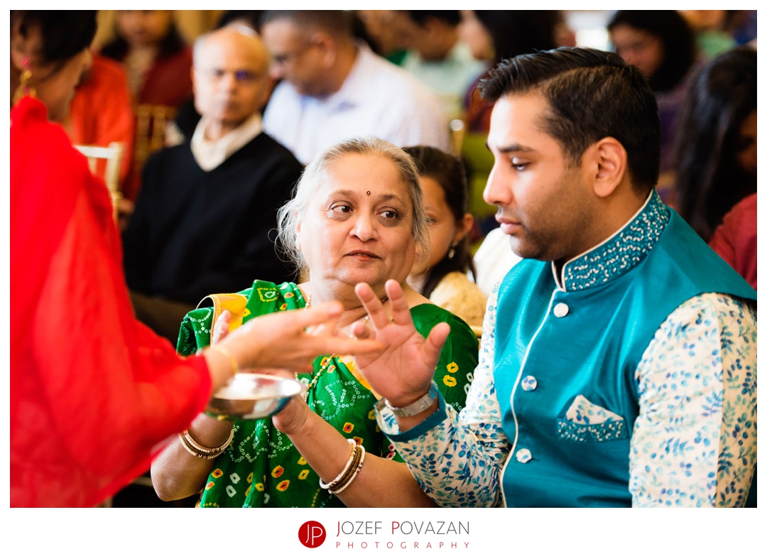 kelowna wedding photographer Indian ceremony
